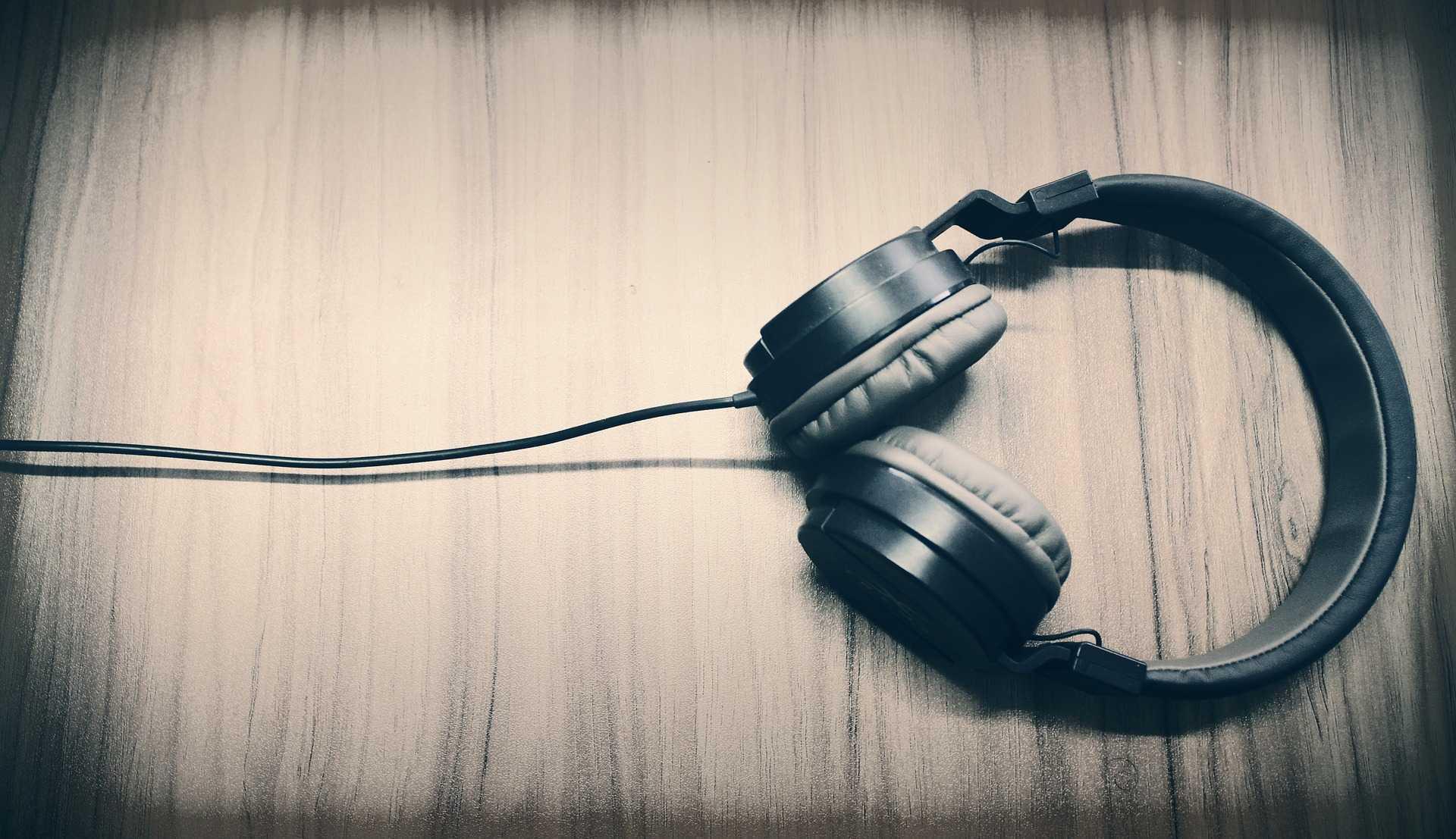 noise cancelling headphones future