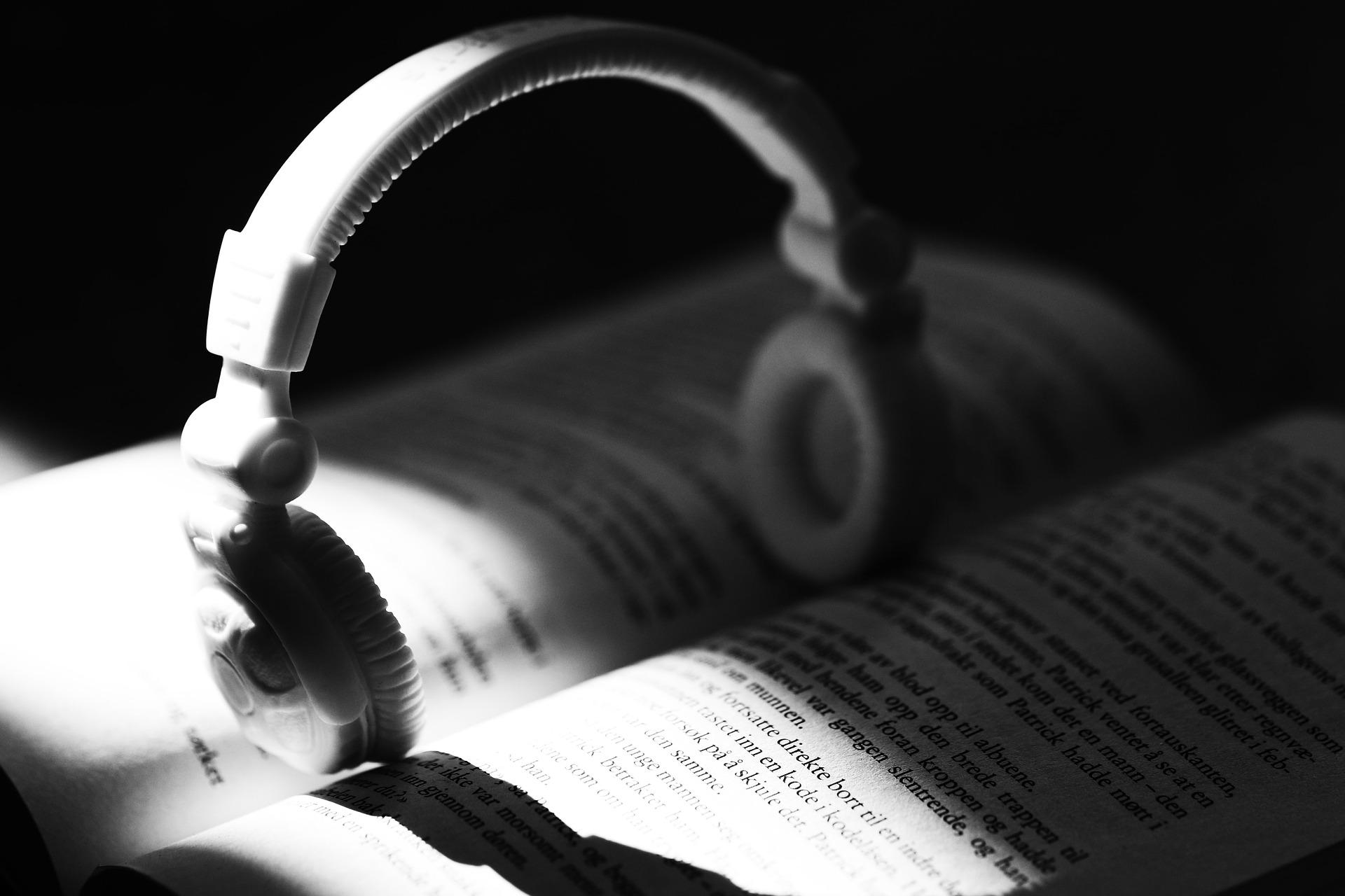 headphones types