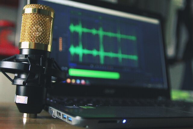 how to reduce background noise on microphone
