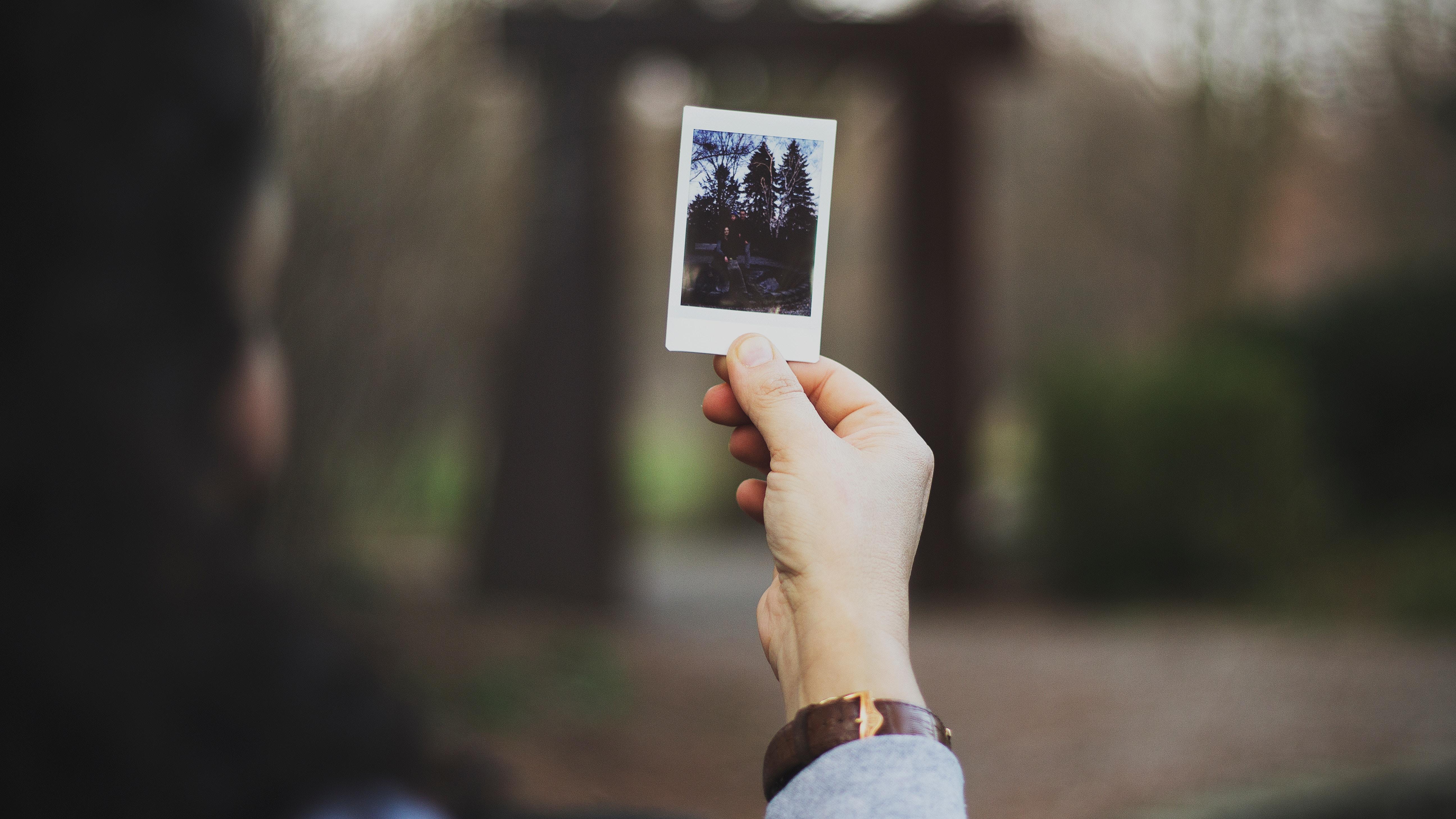 polaroid for digital nomads
