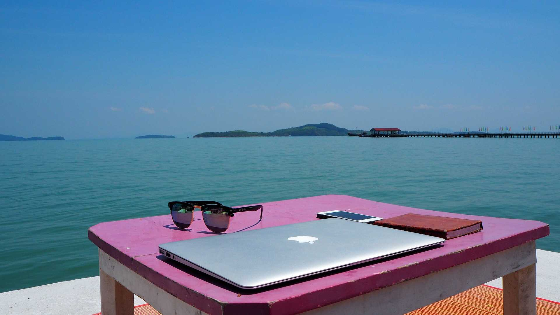 dream remote job on the beach