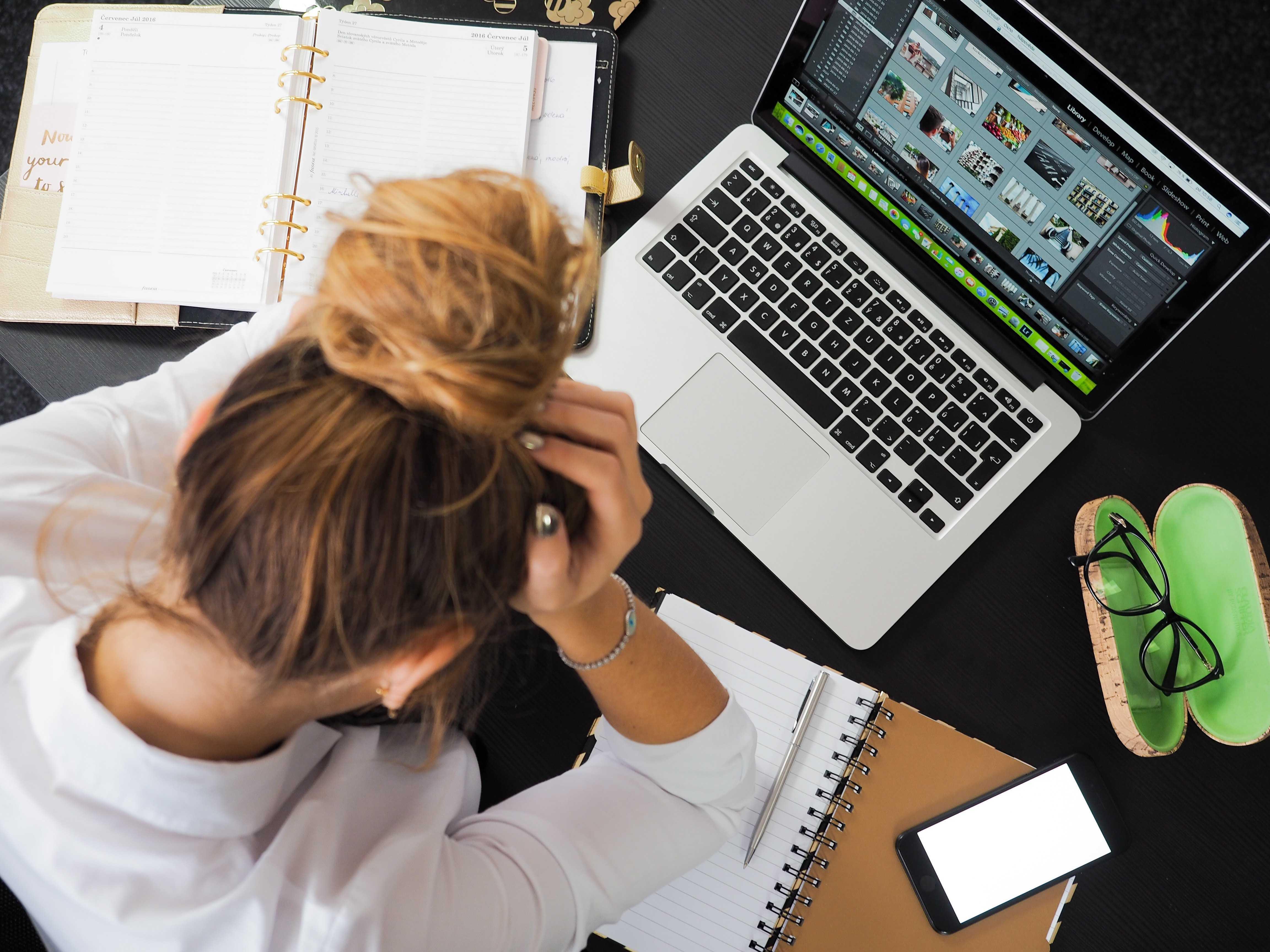 Digital nomad struggling with travel plans